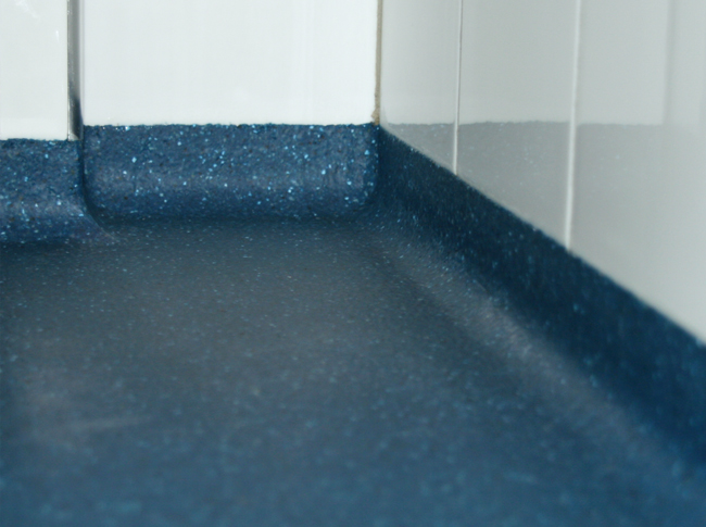 Sanitaire holplint troffelvloer #woonbeton #berkersvloeren #gietvloeren #betonlook