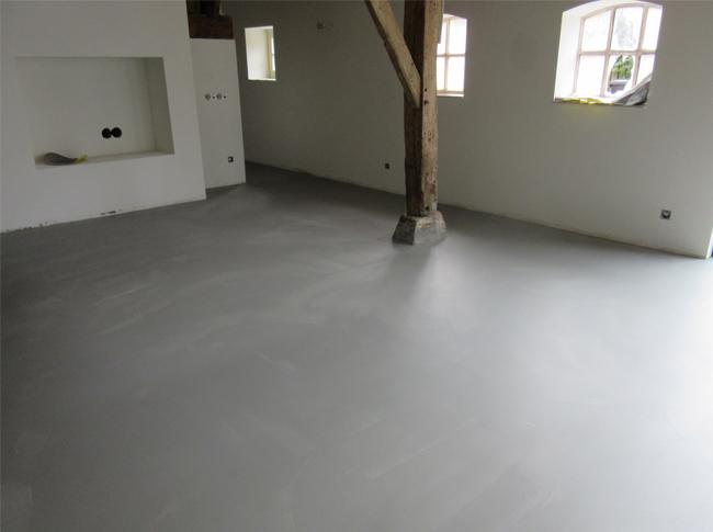 Industriele betonnenvloer - woonbeton #woonbeton #berkersvloeren #gietvloeren #betonlook