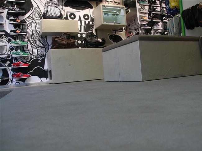 Venetiaans woonbeton - winkels Rotterdam, Roermond, Arnhem, Den Haag, Amersfoort, Haarlem #woonbeton #berkersvloeren #gietvloeren #betonlook